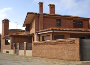 CONSTRUCCIÓN DE VIVIENDA UNIFAMILIAR EN SANTOVENIA DE PISUERGA (VALLADOLID)