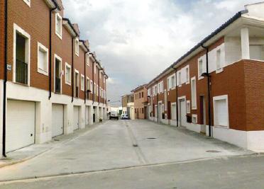 CONSTRUCCIÓN DE CHALETS ADOSADOS EN ZARATAN (VALLADOLID)